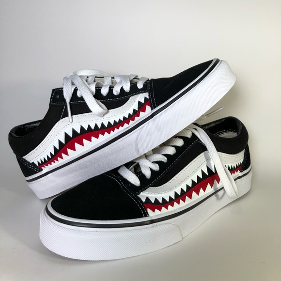 ef060a85db Custom Old Skool Vans Shark Teeth